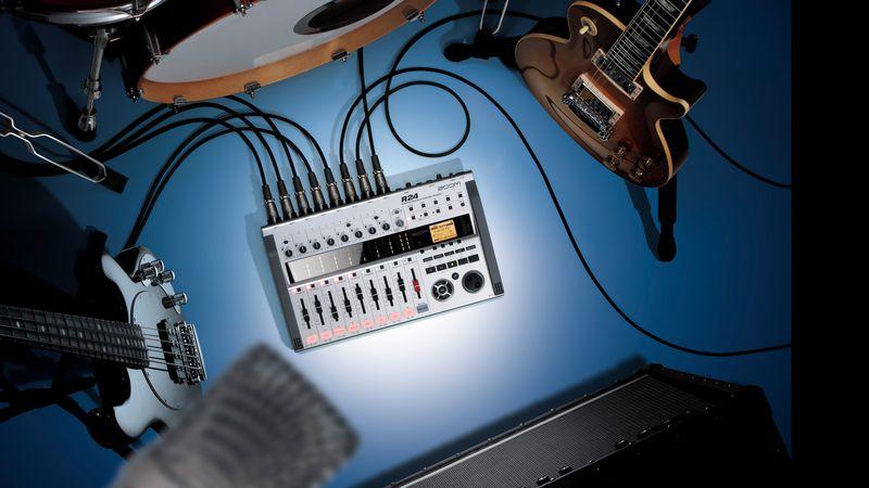 R24 in studio